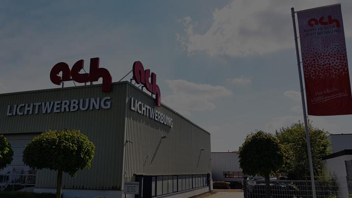 Achim Hegger bildet aus: Industriekauffrau/-mann